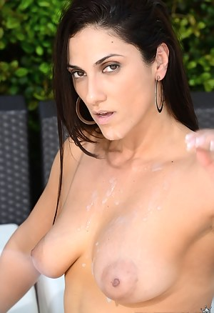 Free Nipples Porn Pictures